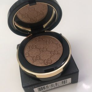 Gucci eyeshadow. Back in stock!